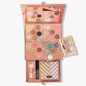 TARTE GIFT AND GLAM COLLECTORS SET